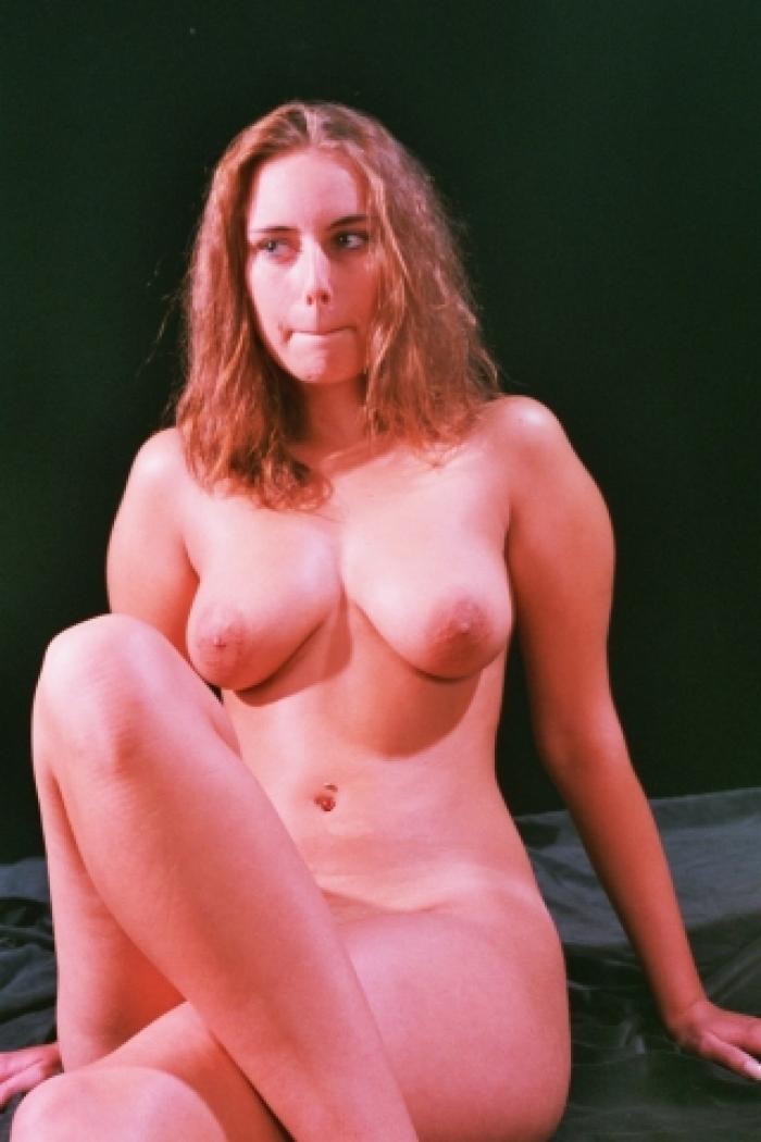 Erotische Bilder vom 19 Jährigen Teenygirl Sabine